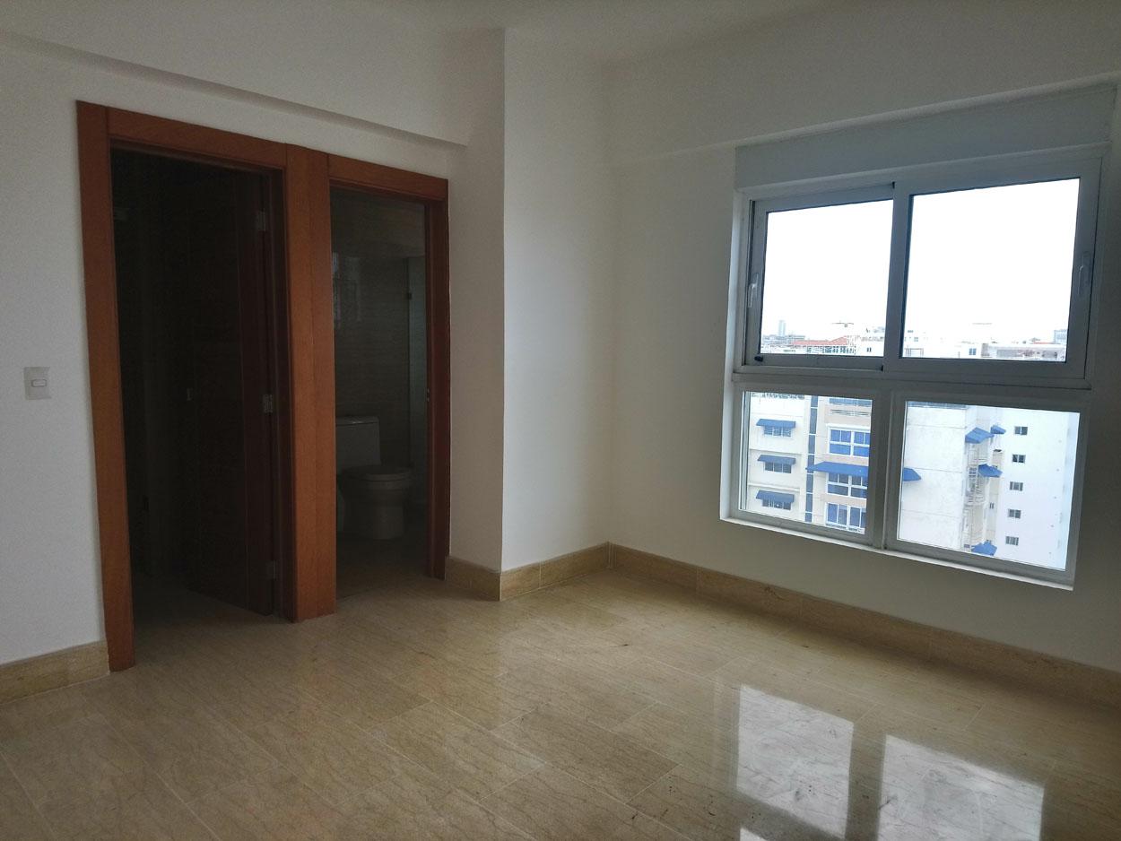 Apartamento en venta de 3 habitaciones 273 metros en Bella Vista Sur precio USD$ 375,000 USD$375,000