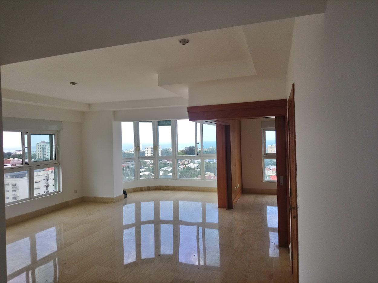 Apartamento en venta de 3 habitaciones con baño y W/c en Bella Vista Sur precio USD$ 335,000 USD$335,000