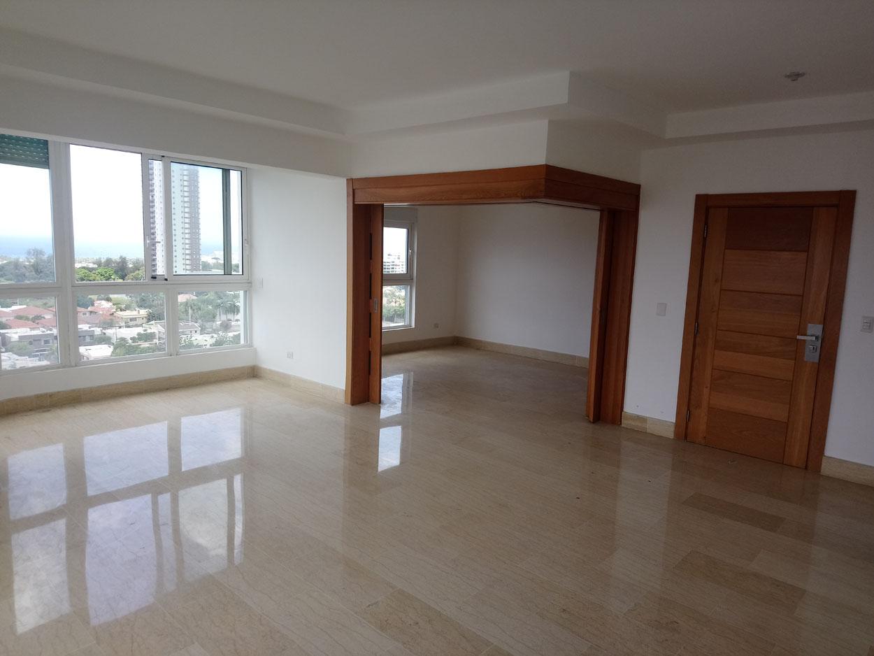 Apartamento en venta de 3 habitaciones 272 metros en Bella Vista Sur precio USD$ 360,000 USD$360,000