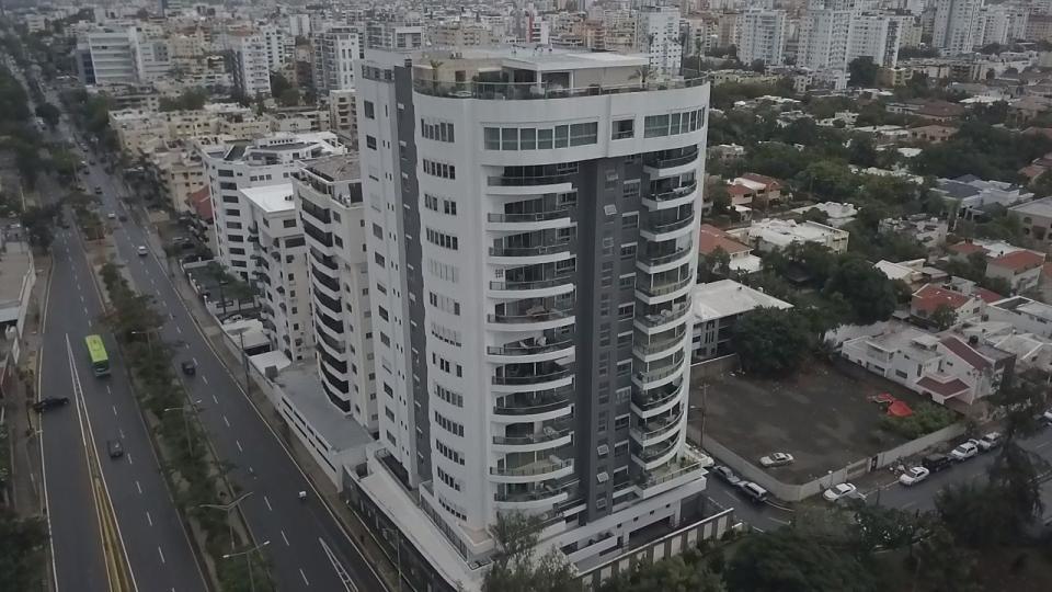 Apartamento en venta en el sector BELLA VISTA precio US$ 1,450,000.00 US$1,450,000