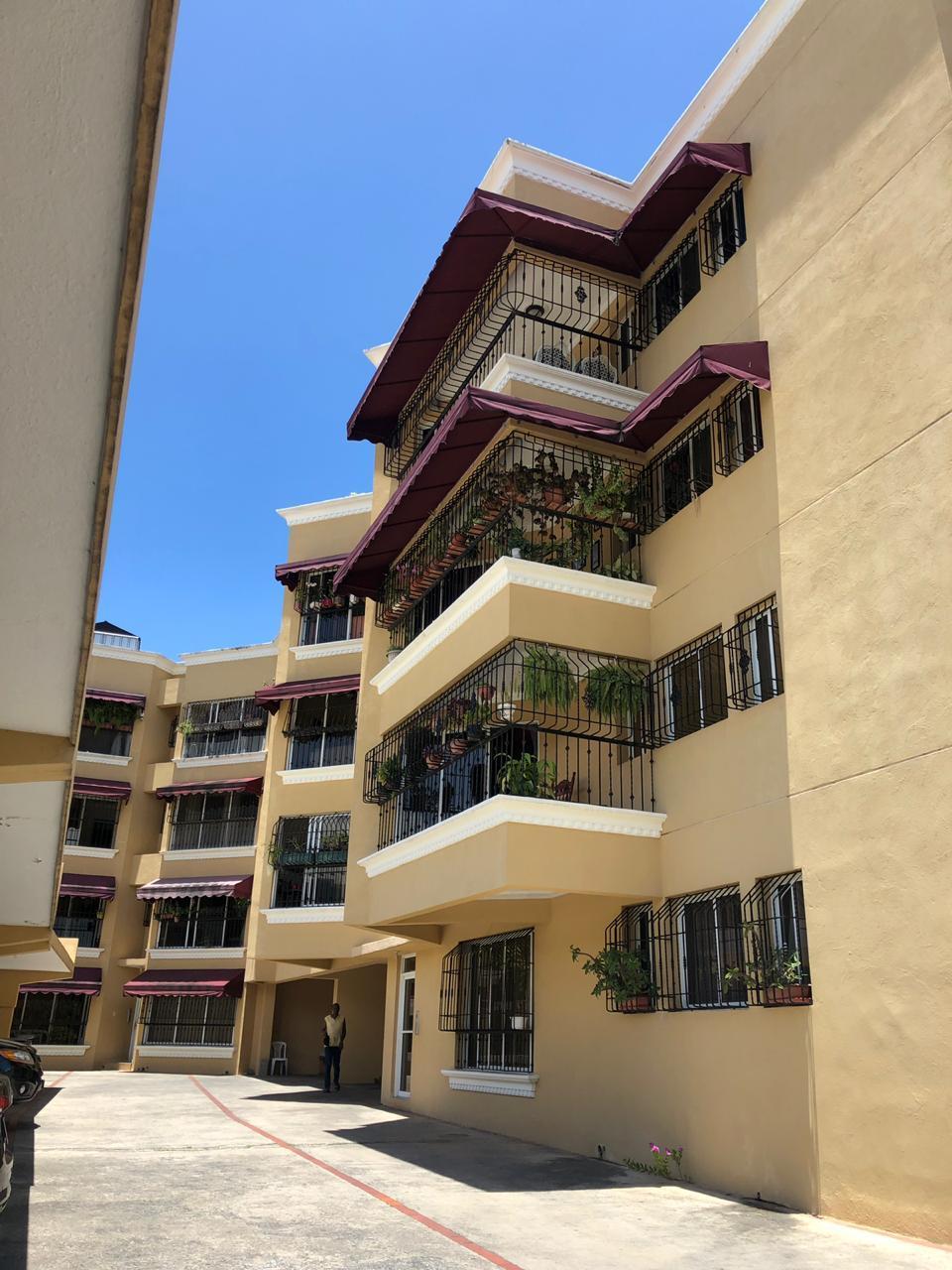 Apartamento en venta en el sector EL MILLÓN precio RD$ 6,380,000.00 RD$6,380,000