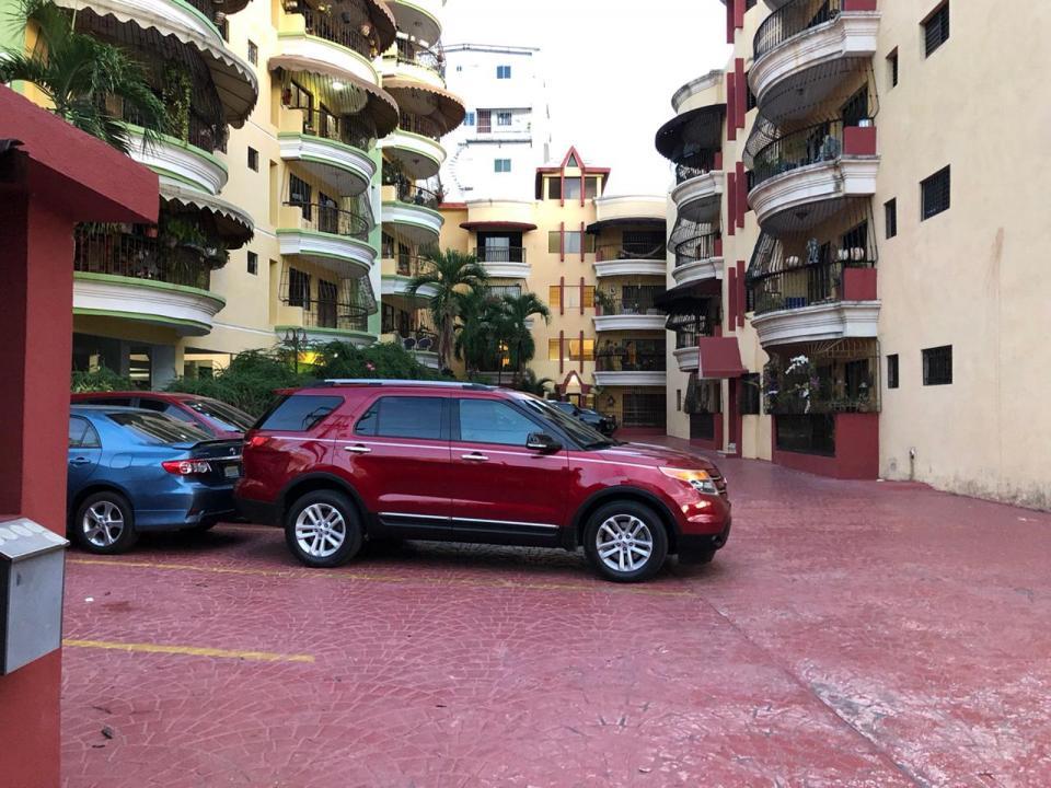 Apartamento en venta en el sector EL MILLÓN precio RD$ 6,600,000.00 RD$6,600,000