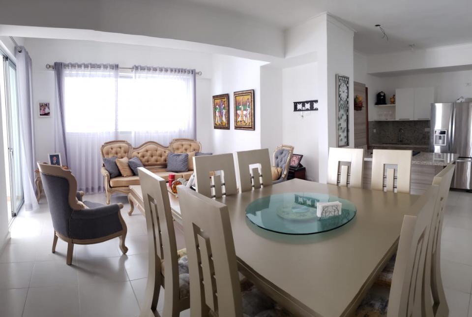 Apartamento en venta en el sector EL MILLÓN precio RD$ 5,900,000.00 RD$5,900,000