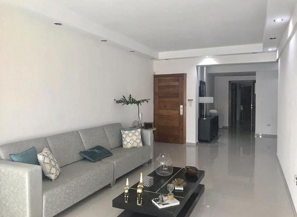 Apartamento en venta en el sector EL MILLÓN precio RD$ 7,600,000.00 RD$7,600,000