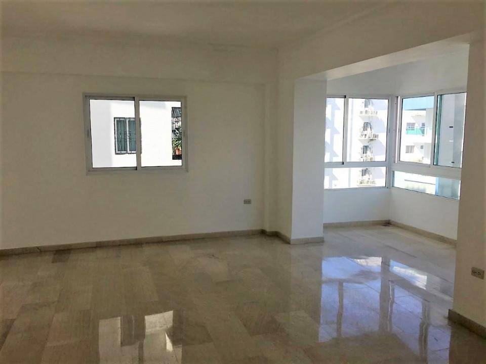 Apartamento en venta en el sector ENSANCHE NACO precio US$ 175,000.00 US$175,000