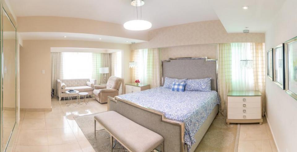 Apartamento en venta en el sector ENSANCHE NACO precio US$ 560,000.00 US$560,000