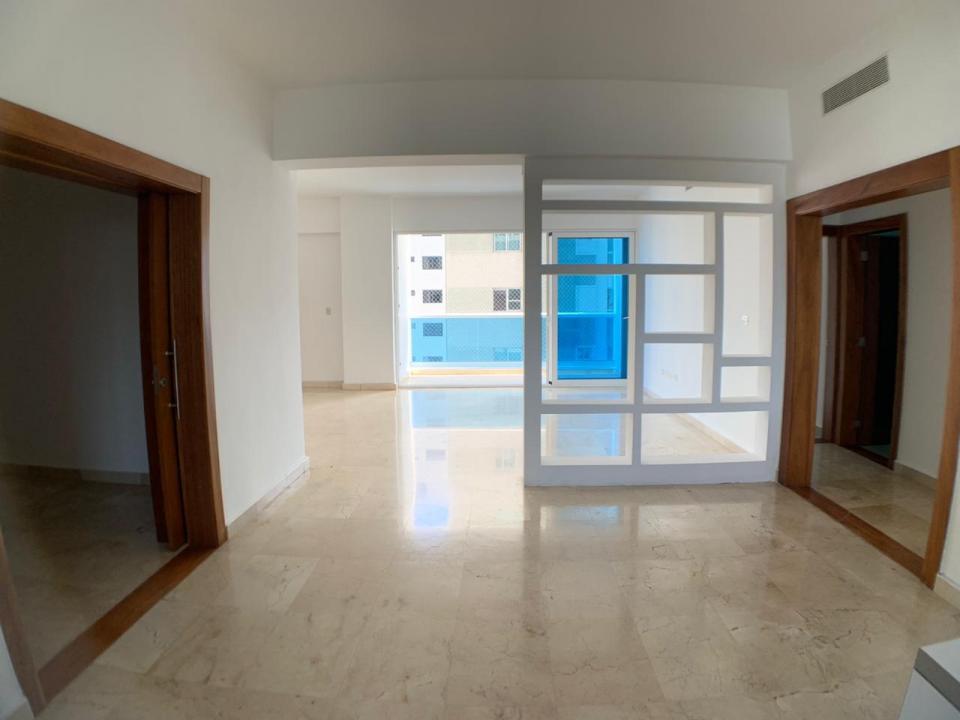 Apartamento en venta en el sector ENSANCHE NACO precio US$ 270,000.00 US$270,000