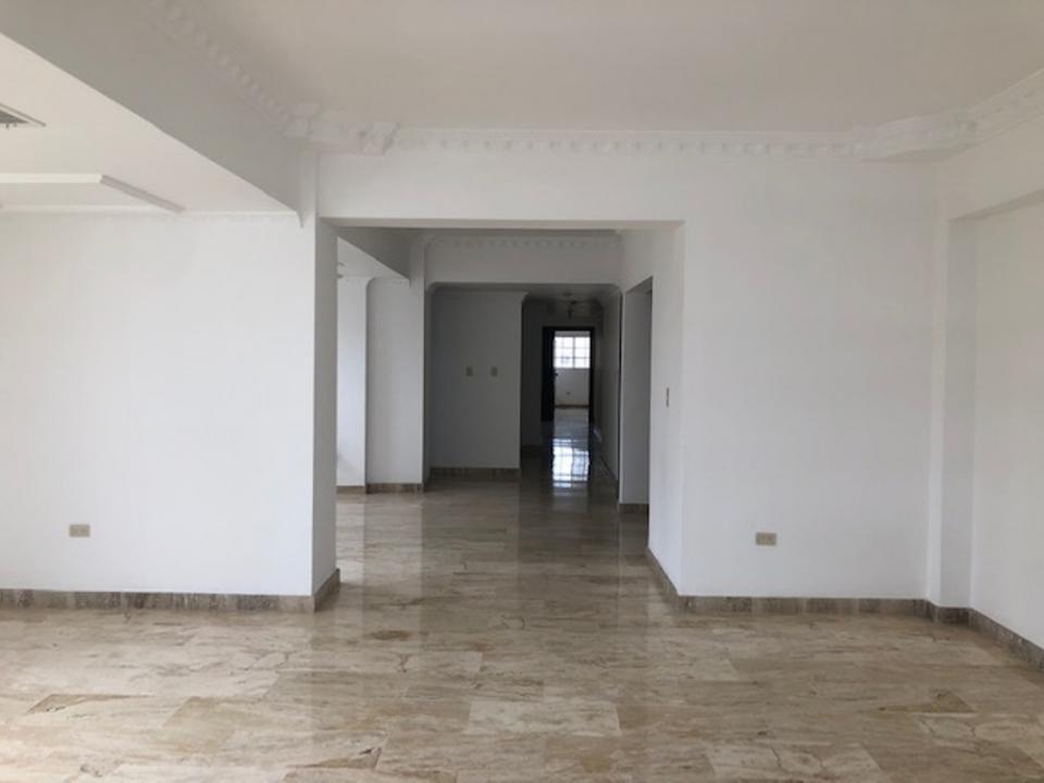Apartamento en venta en el sector ENSANCHE NACO precio US$ 190,000.00 US$190,000