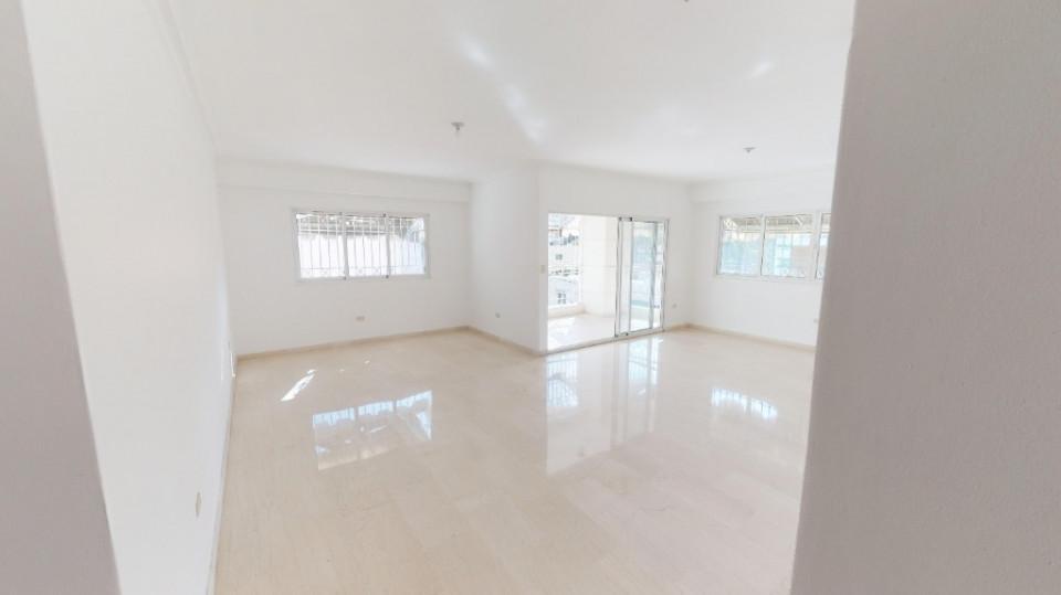 Apartamento en venta en el sector ENSANCHE NACO precio US$ 180,000.00 US$180,000
