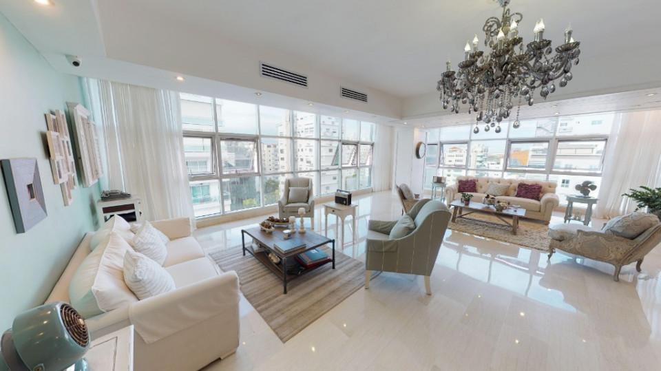 Apartamento en venta en el sector ENSANCHE NACO precio US$ 495,000.00 US$495,000