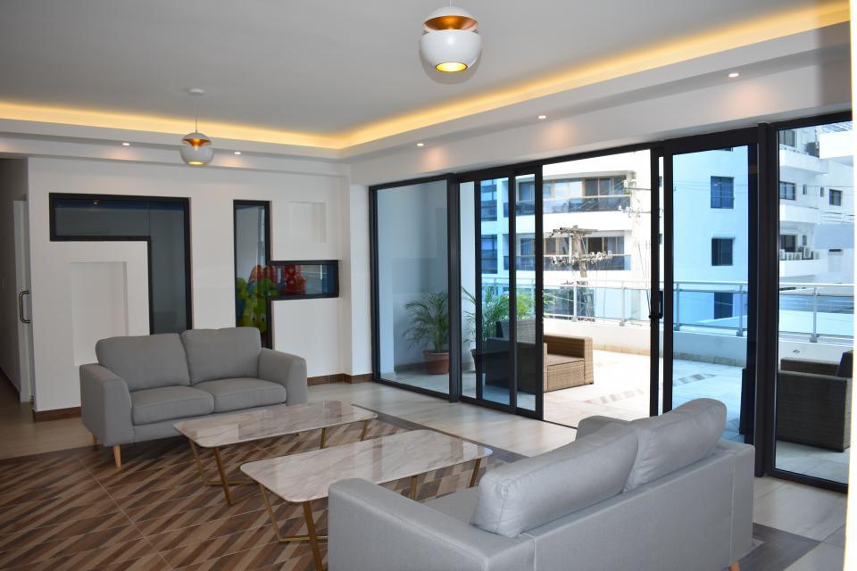 Apartamento en venta en el sector ENSANCHE NACO precio US$ 245,000.00 US$245,000
