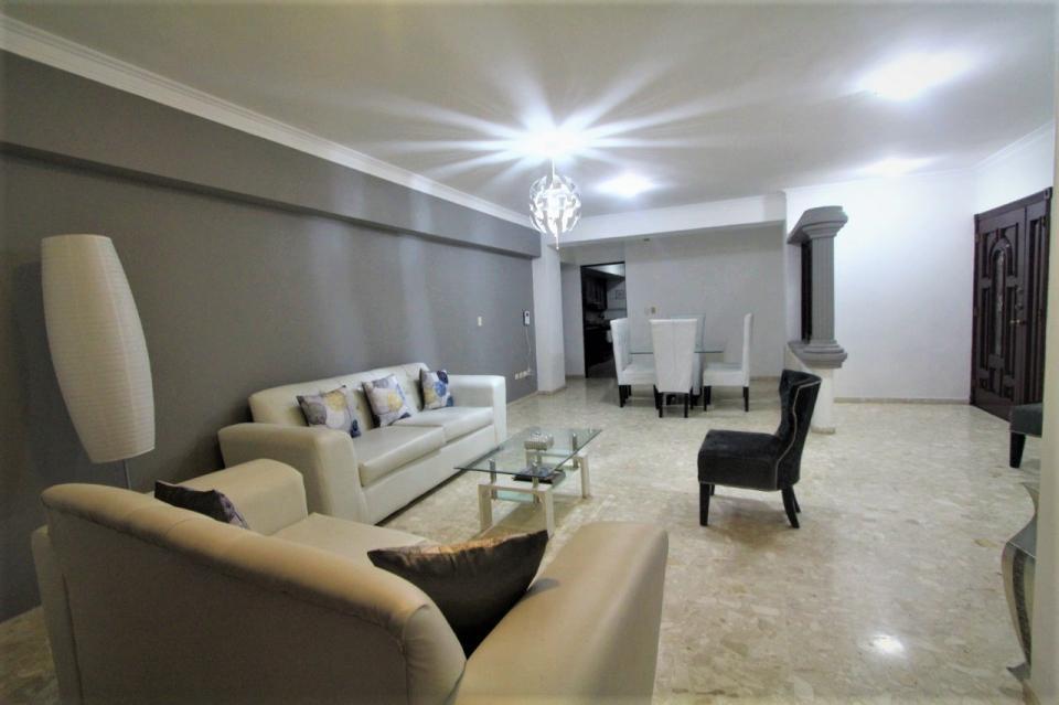 Apartamento en venta en el sector ENSANCHE SERRALLES precio RD$ 9,000,000.00 RD$9,000,000