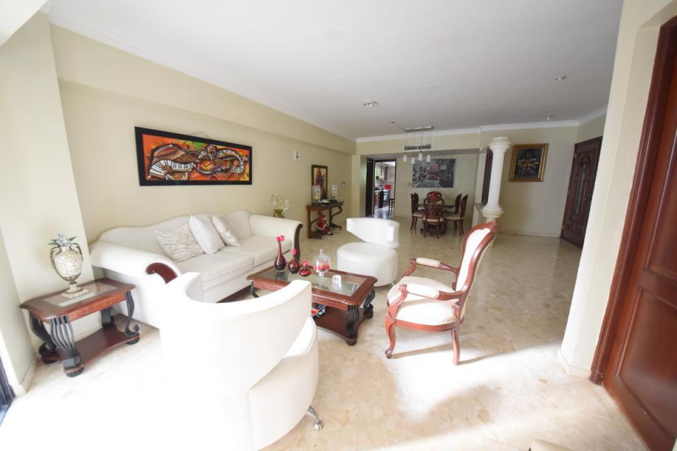 Apartamento en venta en el sector ENSANCHE SERRALLES precio RD$ 8,000,000.00 RD$8,000,000