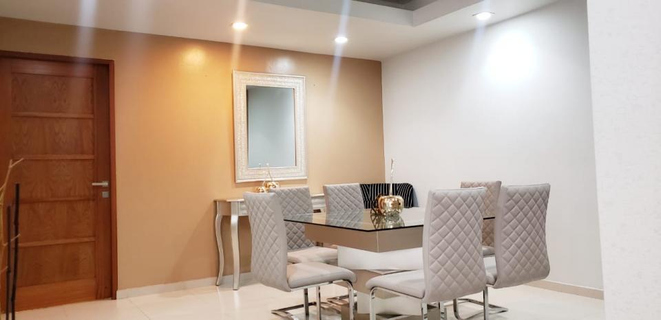 Apartamento en venta en el sector EVARISTO MORALES precio US$ 155,000.00 US$155,000