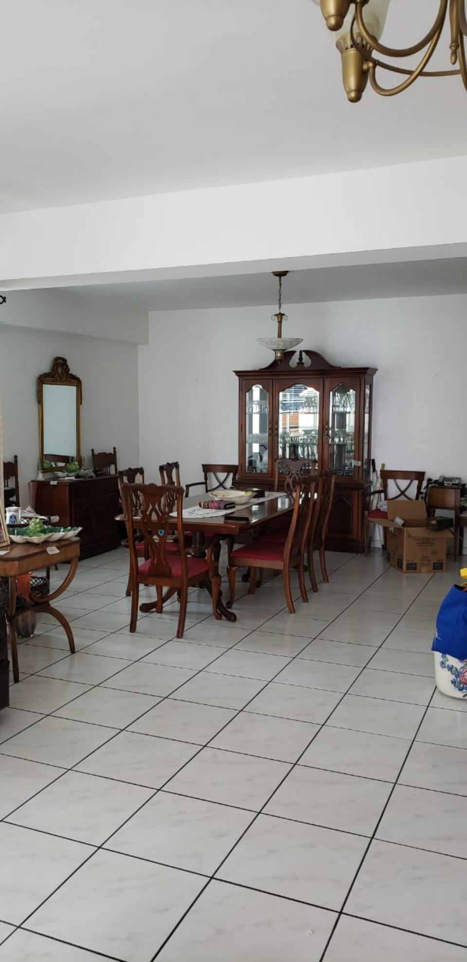 Apartamento en venta en el sector EVARISTO MORALES precio US$ 235,000.00 US$235,000