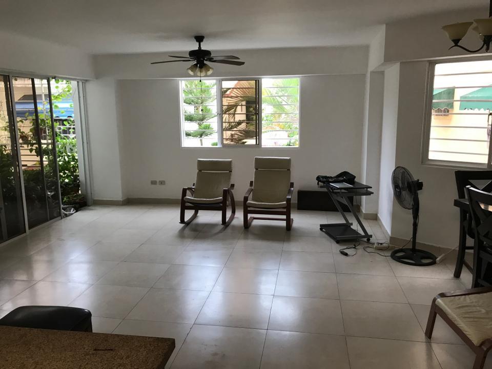 Apartamento en venta en el sector LOS RESTAURADORES precio RD$ 5,650,000.00 RD$5,650,000