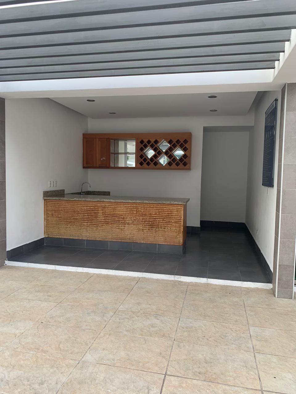 Apartamento en venta en el sector RENACIMIENTO precio US$ 240,000.00 US$240,000