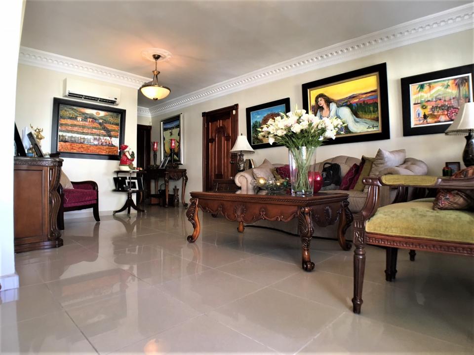 Apartamento en venta en el sector RENACIMIENTO precio RD$ 7,000,000.00 RD$7,000,000
