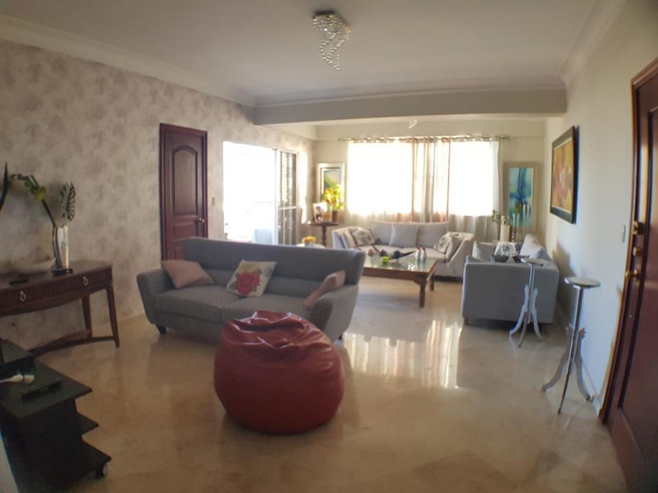 Apartamento en venta en el sector URBANIZACIÓN REAL precio RD$ 9,100,000.00 RD$9,100,000