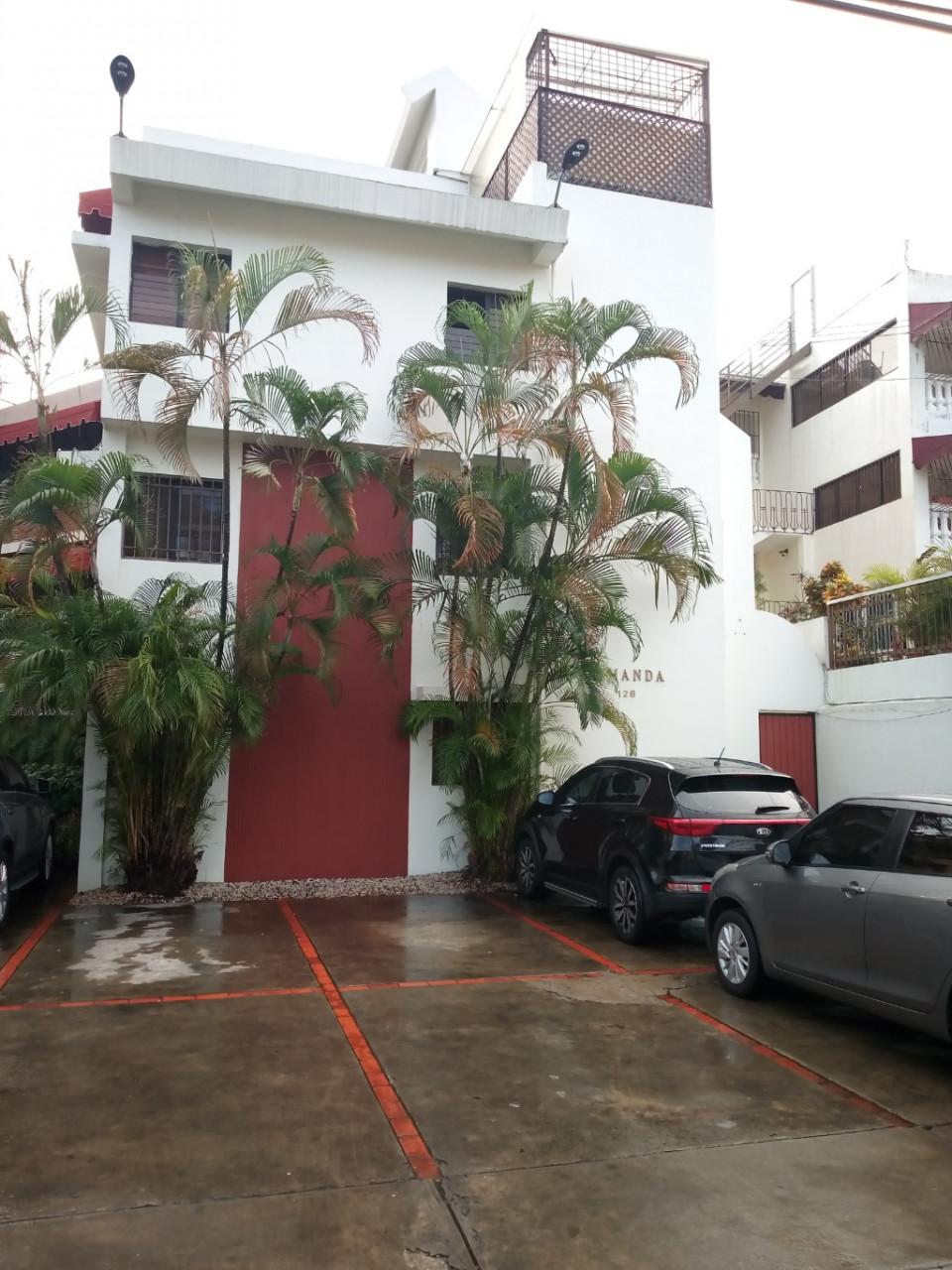 Apartamento en venta en el sector Viejo Arroyo Hondo precio US$ 135,000.00 US$135,000