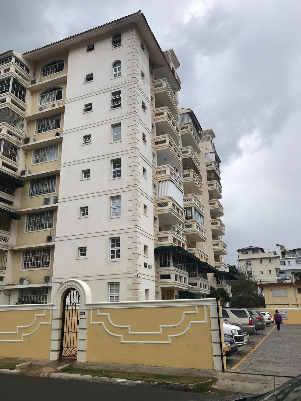 Apartamento en venta en el sector ZONA UNIVERSITARIA precio US$ 79,500.00 US$79,500