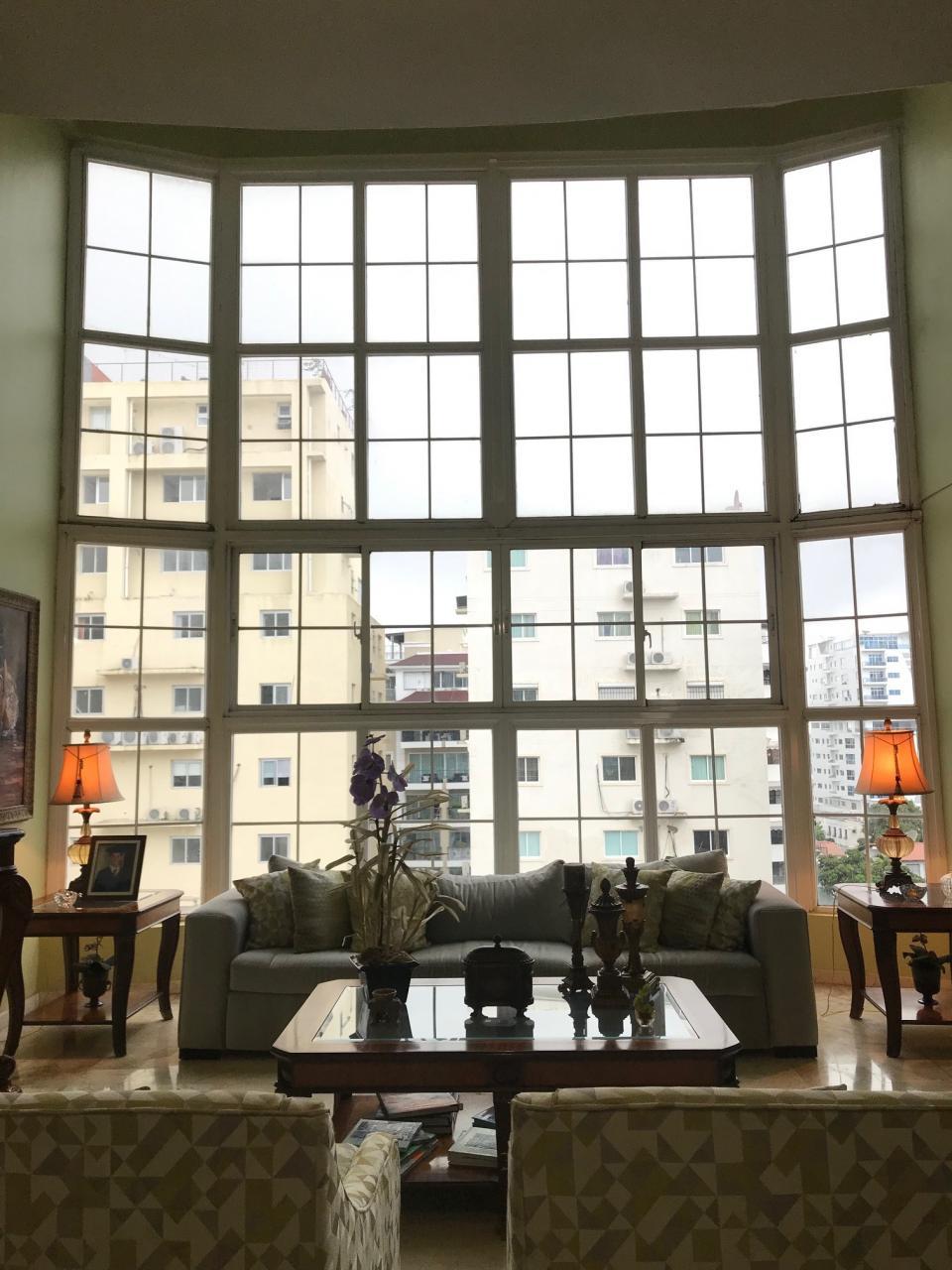 Penthouse en venta en el sector ENSANCHE SERRALLES precio US$ 470,000.00 US$470,000