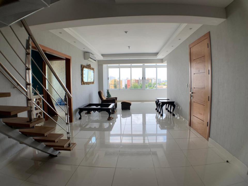 Penthouse en venta en el sector URBANIZACIÓN REAL precio US$ 300,000.00 US$300,000